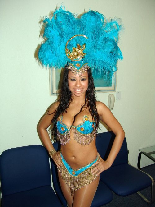 Creolé_Show_-_Samba_dancer_4